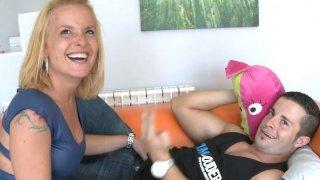 Freckled teen Samantha Sainz gives hot blowjob
