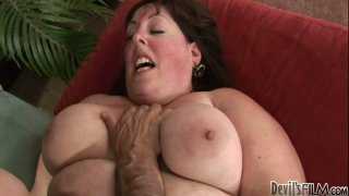 Skinny mature guy likes fucking fat slut Mindee Mounds