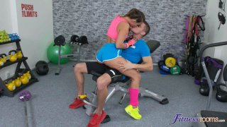 Gym Fuck With Bubble Butt Girl