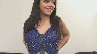 jaw dropping Indian babe Marquetta Jewel undressing and sucking cock