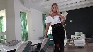 #1362 Cayla Lyons